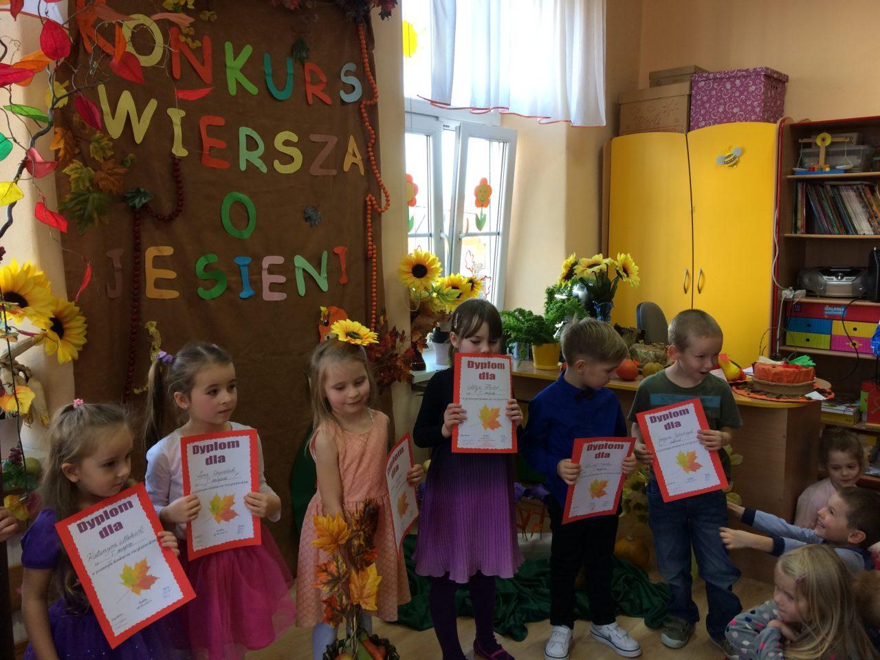 Konkurs Wiersza O Jesieni U Starszaków Przedszkole